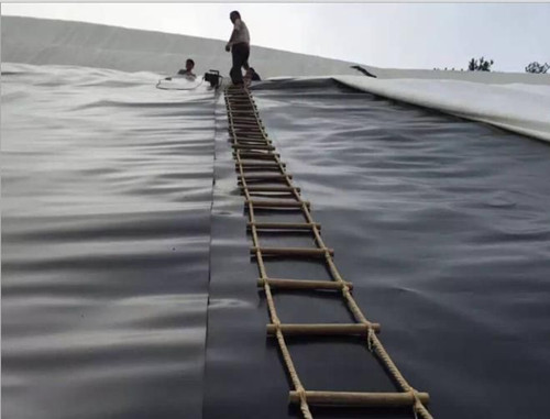 人工湖一般用多厚的土工膜 人工湖土工膜施工方案
